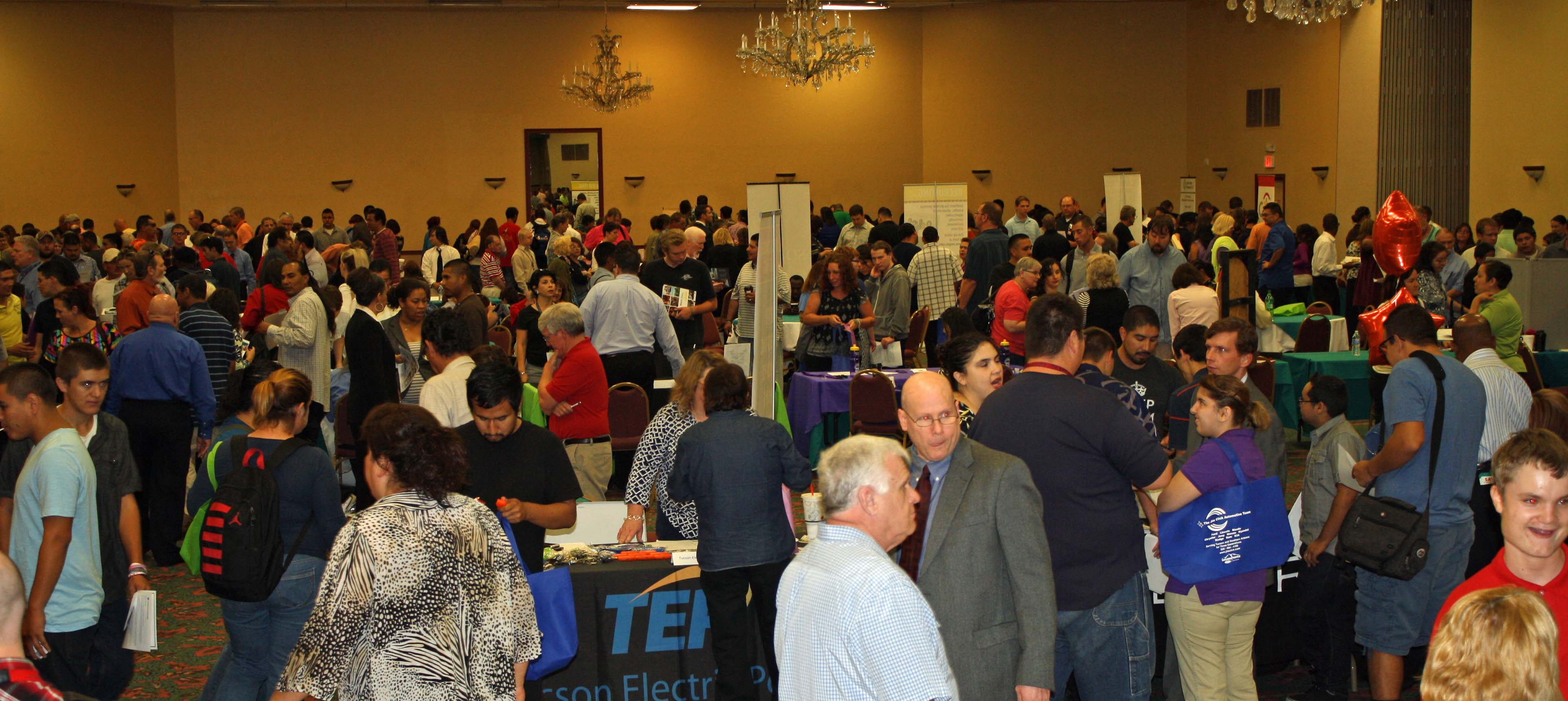 pima-job-fair-crowd-2014
